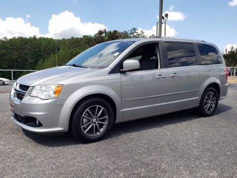 Pre-Owned 2017 Dodge Grand Caravan SXT FWD Mini-van, Passenger